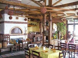 кафе украинский дворик Рестораны  Геленджика