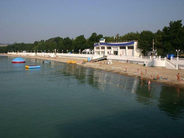 пляж санатория Голубая волна Санатории Геленджика