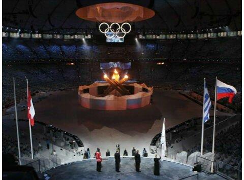закрытие Олимпмйских игр в Ванкувере 1 Символ Олимпиады в Сочи 2014