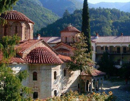 монастырь Монастырь Аладжа